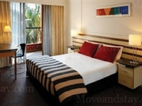 Situated just 2km from the CBD, these Sydney serviced apartments offer spacious 1 & 2 bedroom apartments.  Lifestyle facilities include pool, spa, gym and leafy BBQ area while the well known cafes & r
